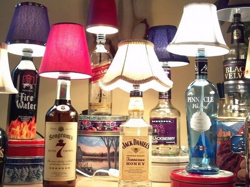 bouteille recycée en lampe